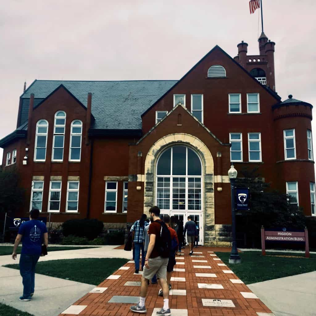 Checklist to Earn the Most College Scholarship Money
